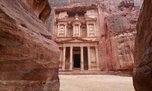Petra-guardian